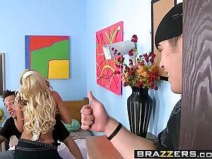 Brazzers - Big Tits convenient School -  Slut Student Fucks The Popular Guy scene vice-chancellor Briana Blair and