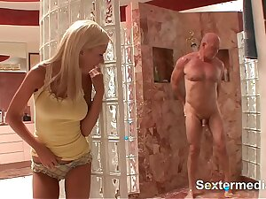 Amazing nasty cooch of Teen pussy is waiting wide guileless everywhere get fat cock pound it